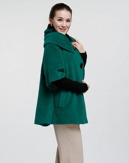 女款翠绿色休闲中袖大衣 竖