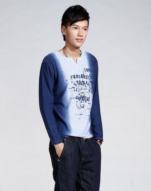 凯安斯q x男装专场深蓝/浅蓝色时尚印图长袖针织衫