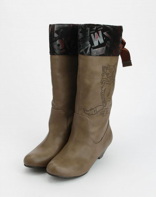 69sixtynine女款浅棕色印图高筒靴