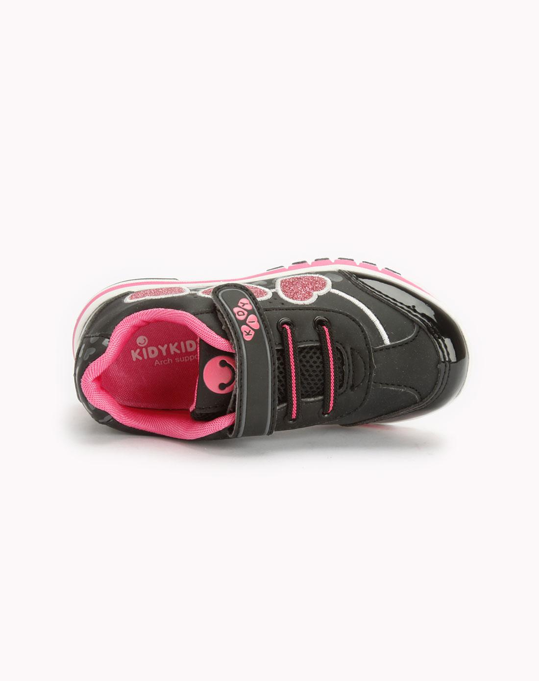 女童黑色运动鞋