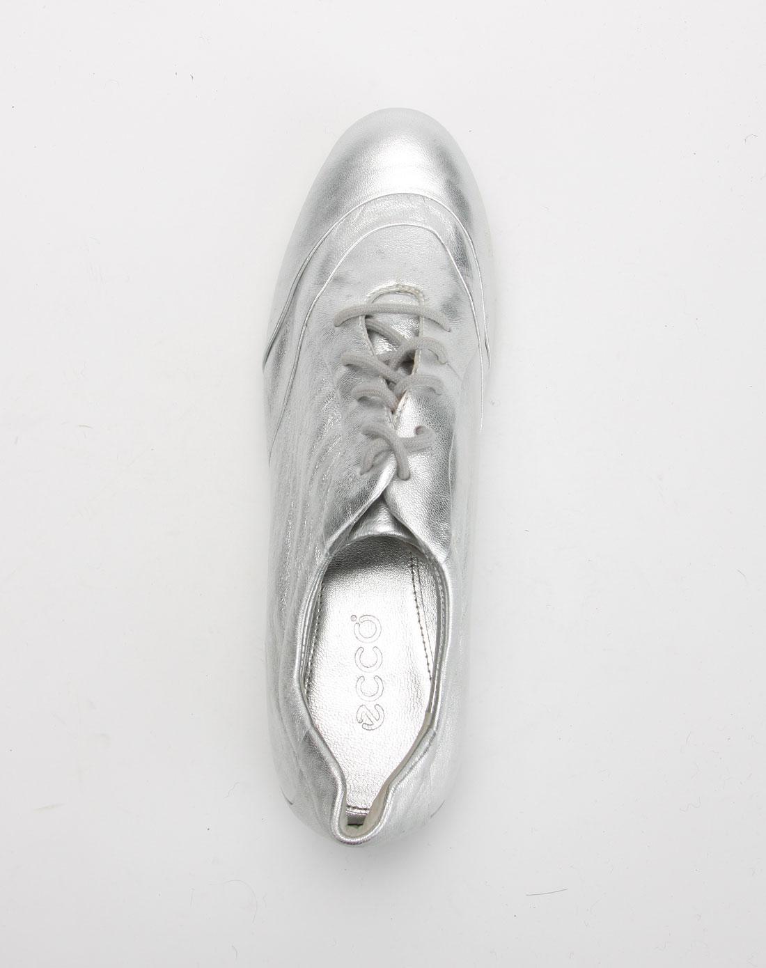 爱步ecco女款银色简约休闲鞋