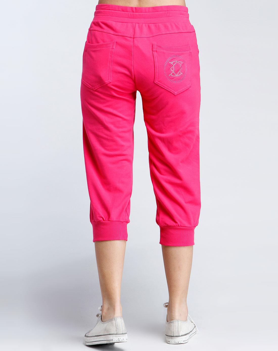 洋红色休闲针织七分裤