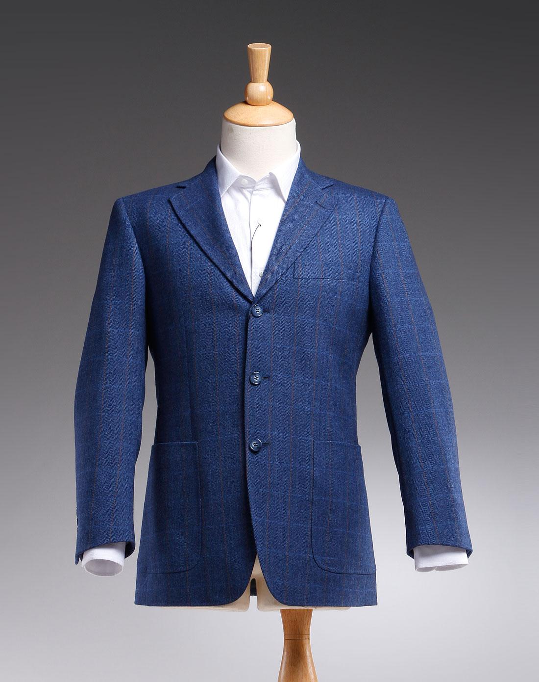 深蓝色时尚长袖西服