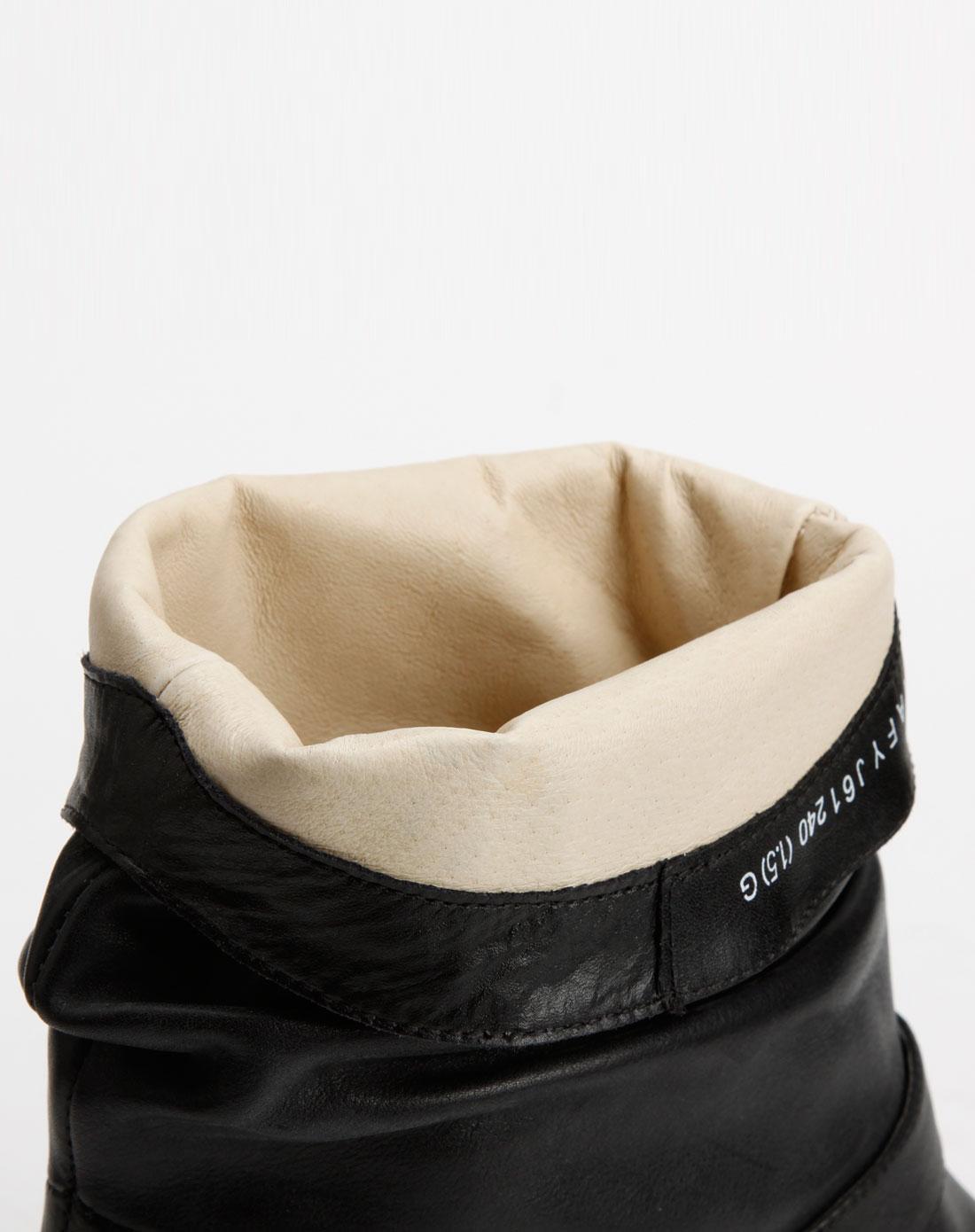 tata 黑色平跟软牛皮靴