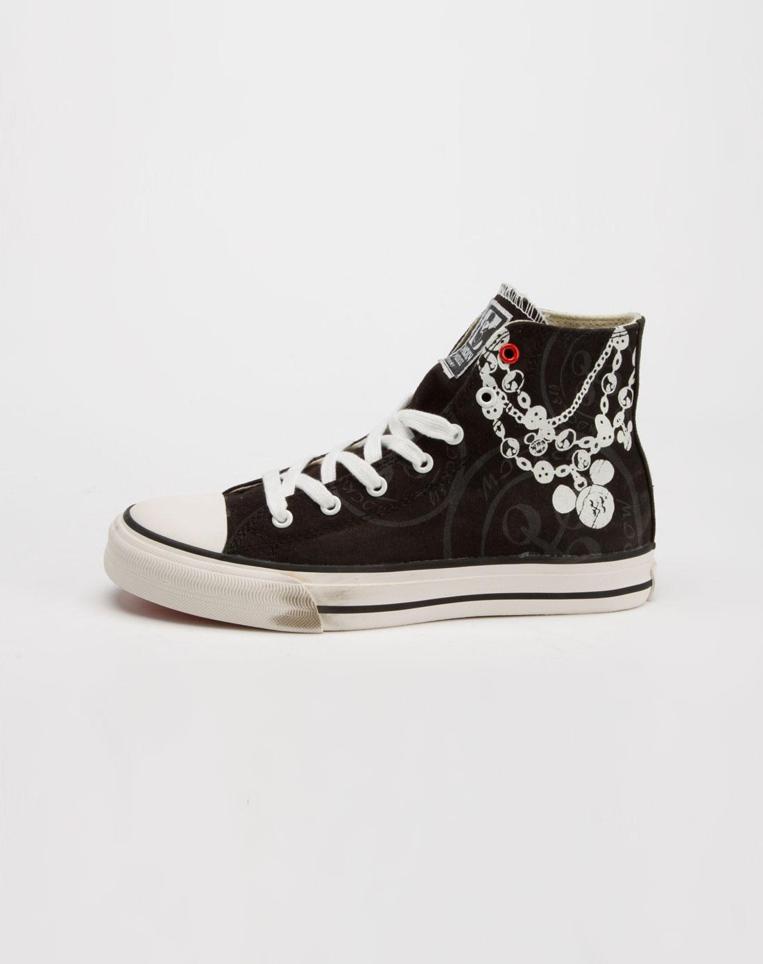 款黑色高邦帆布鞋