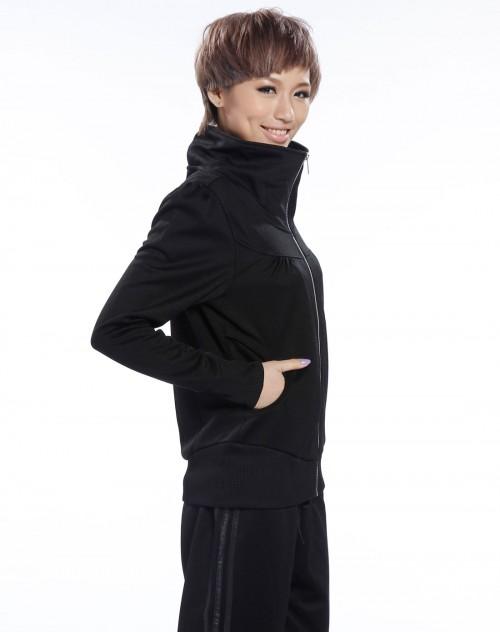 场女款纯黑色长袖外套