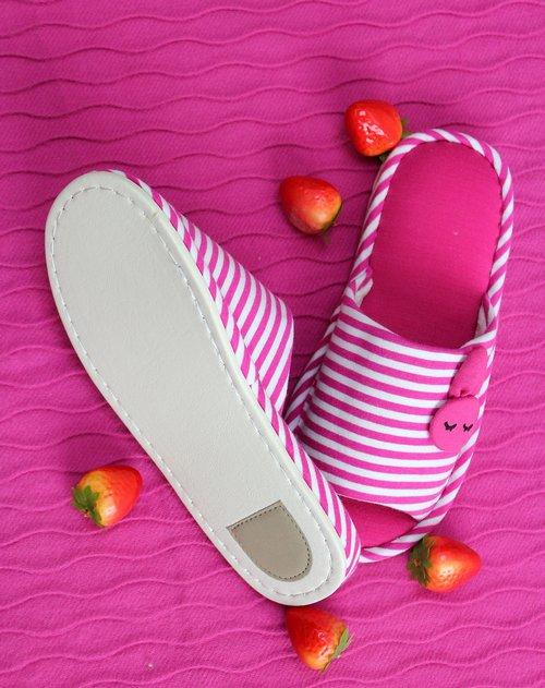 jm家居用品专场粉红色条纹可爱兔兔拖鞋