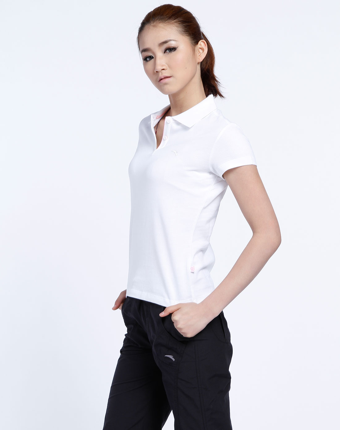 安踏anta女装专场-女款白色反领短袖t恤4