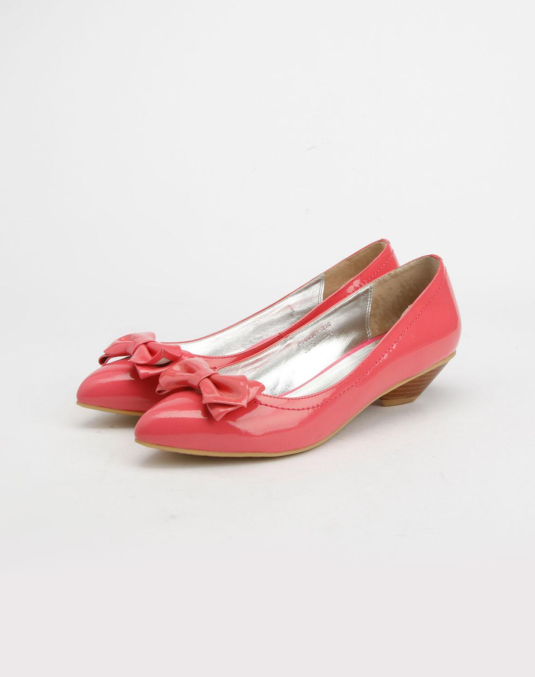 芭迪patty桃红色羊漆皮单鞋
