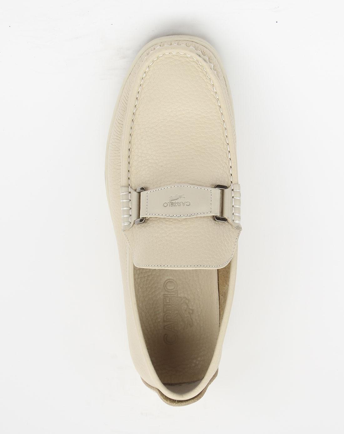 卡帝乐鳄鱼cartelo米白色裂纹绅士皮鞋
