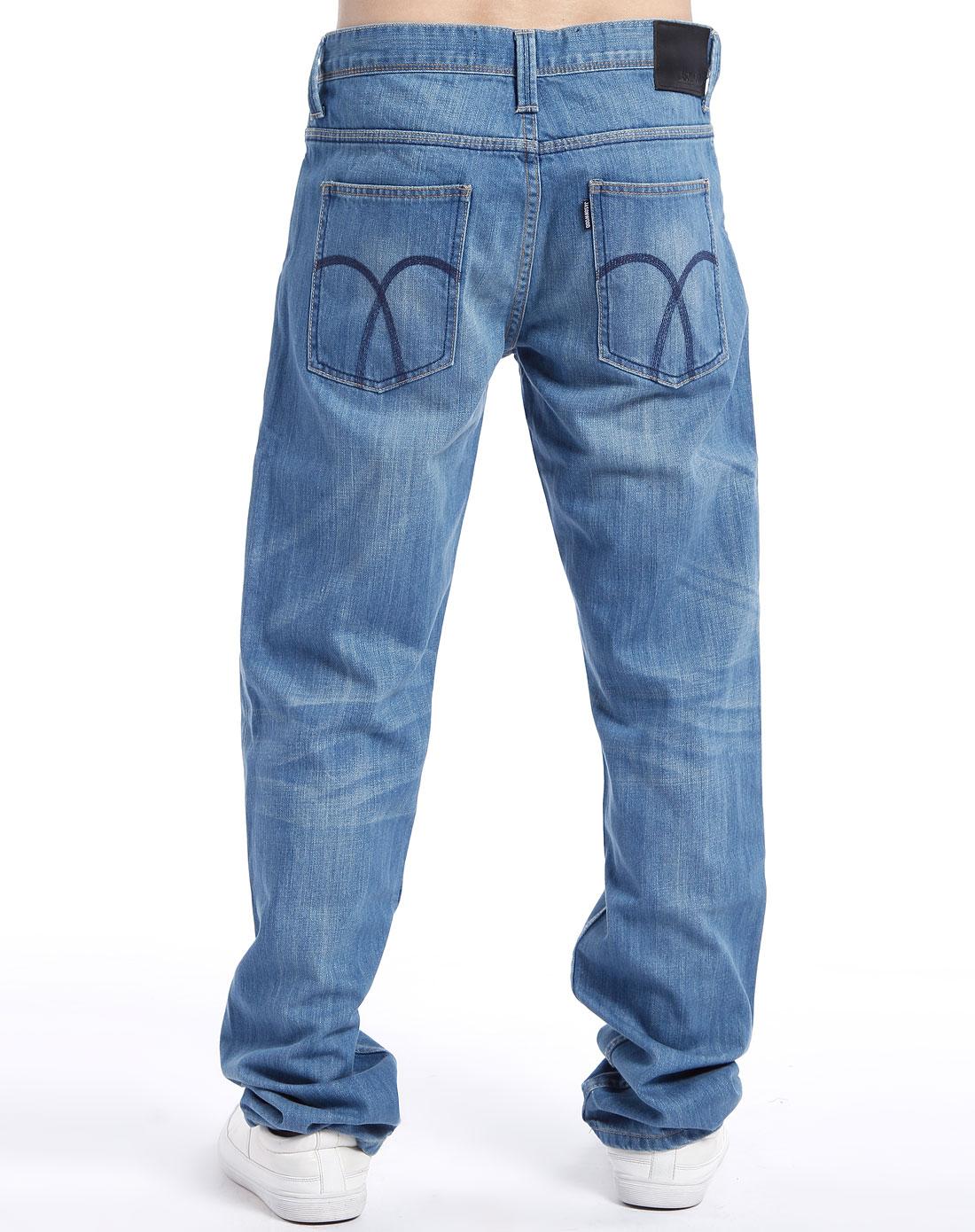男款浅蓝色牛仔长裤