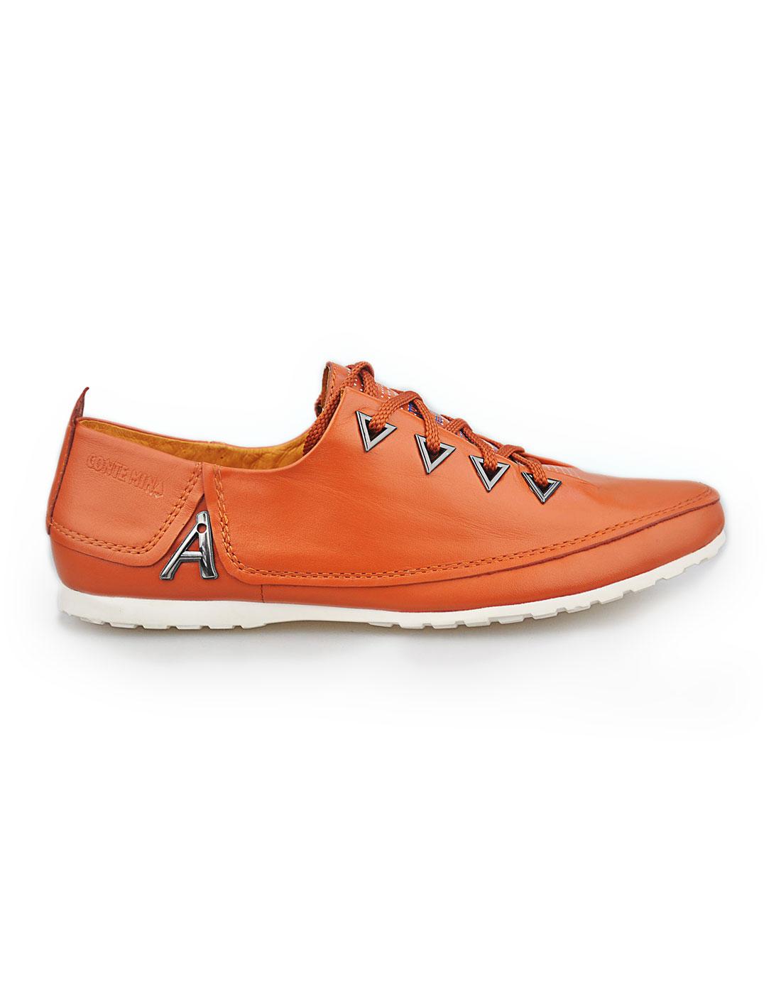 mina桔色男鞋