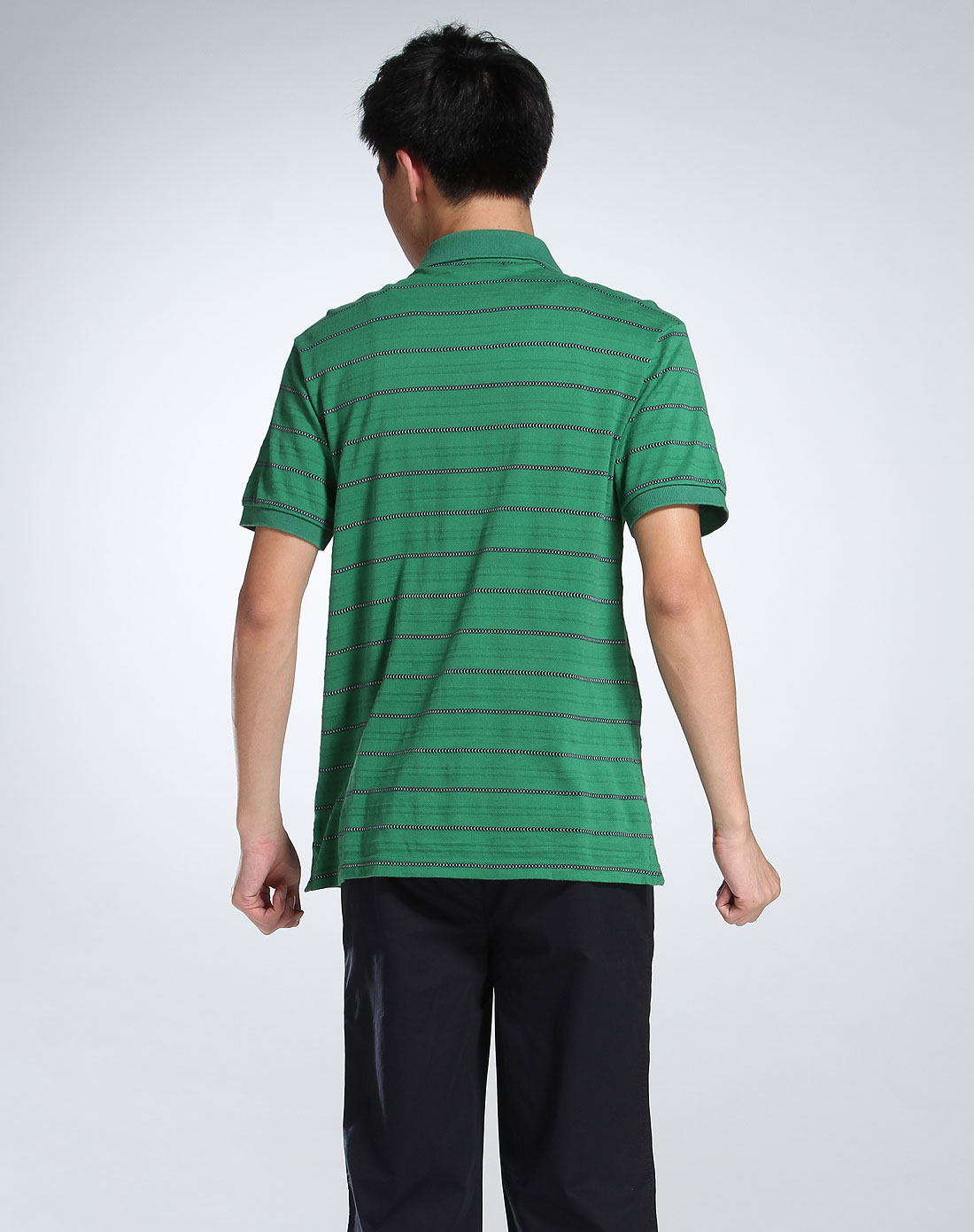 绿蓝色条纹翻领短袖t恤
