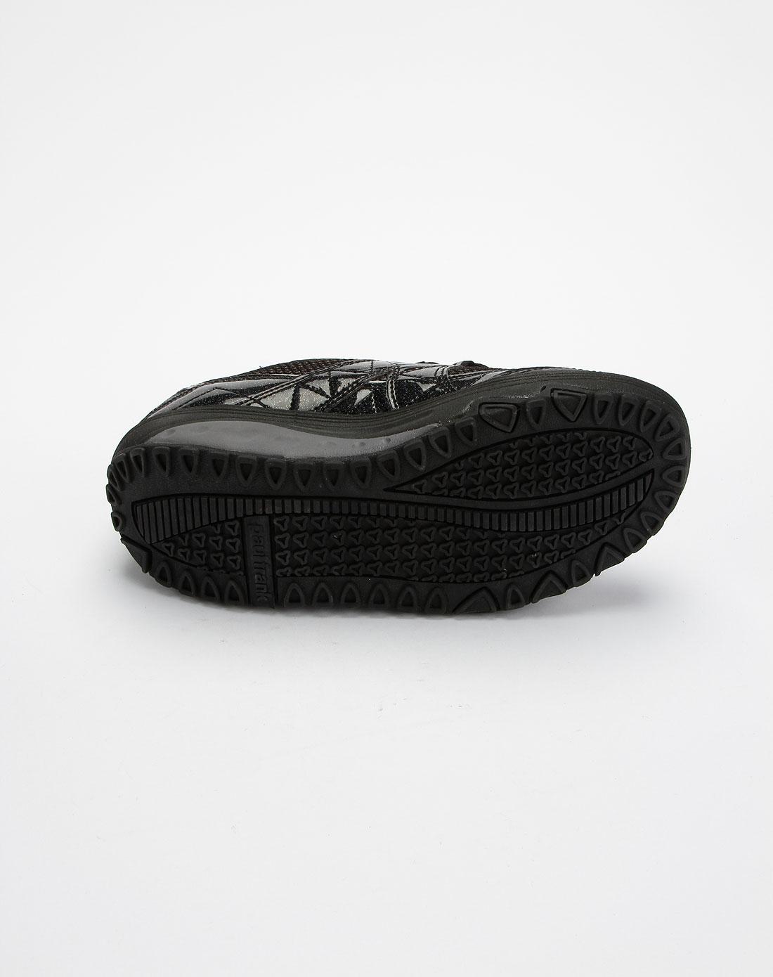 女款黑色系带瘦身鞋