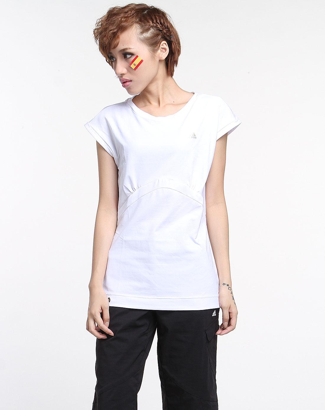 阿迪达斯adidas女款白色时尚休闲短袖t恤