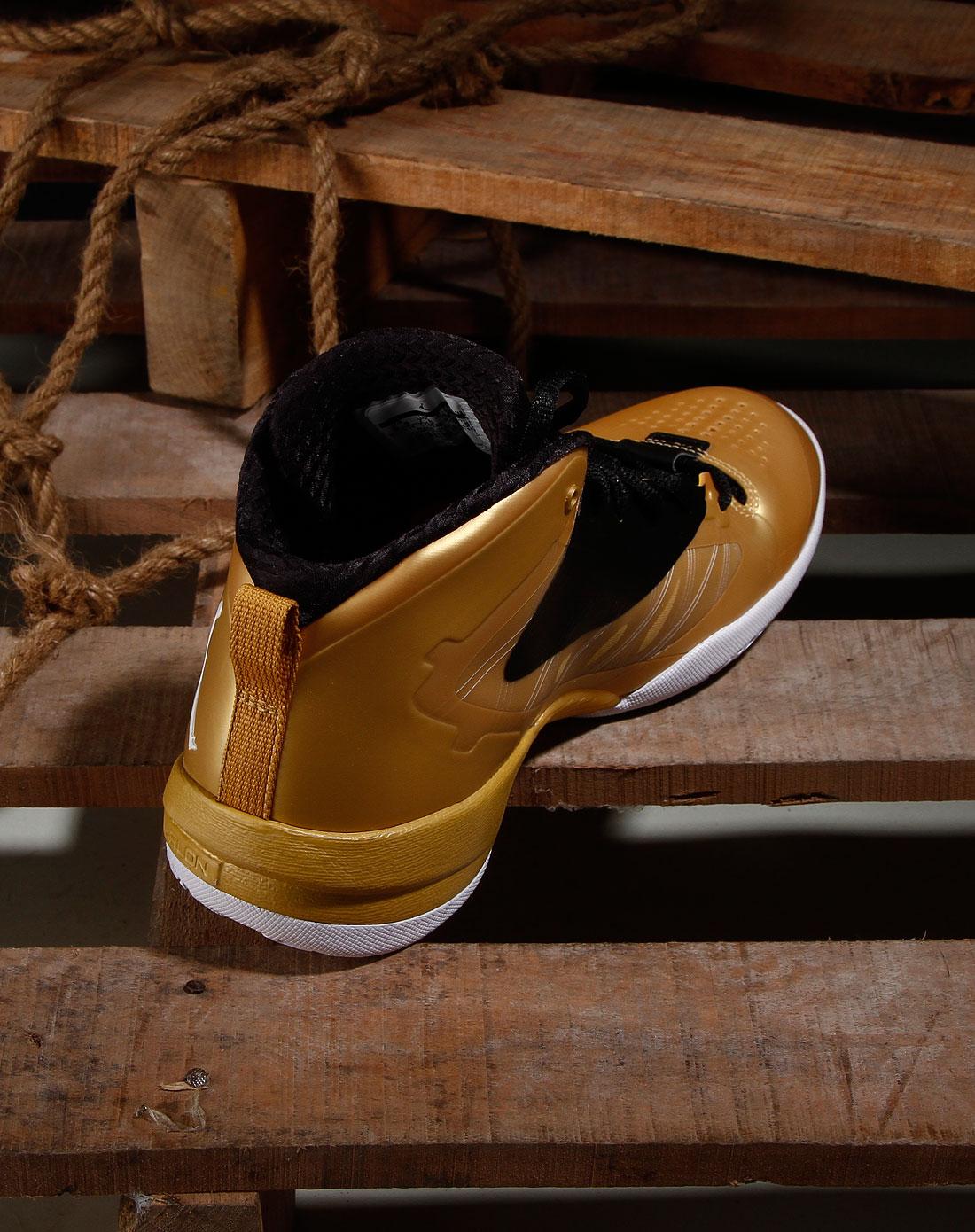 耐克nike男男款黑/金色绑带时尚篮球鞋514340-901