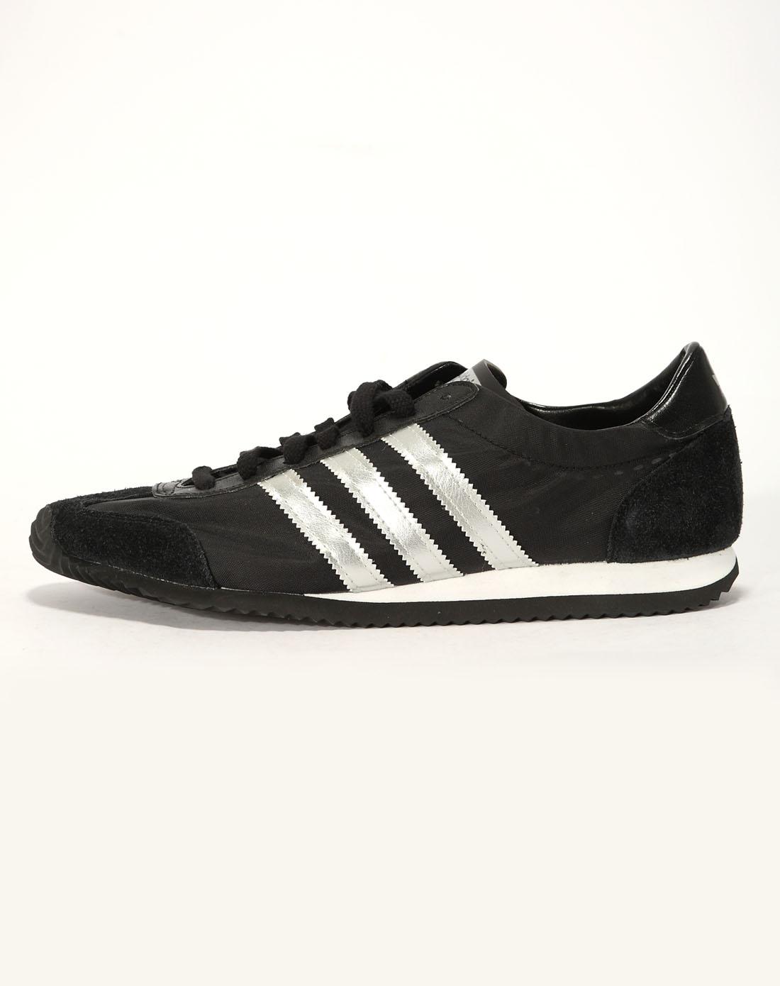 阿迪达斯adidas男女装男子黑/银色复古鞋