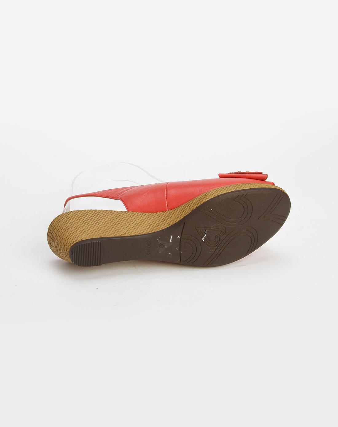 哈森珊瑚红色钮钉蝴蝶结低跟凉鞋