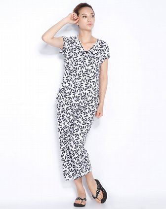黑色印花短袖九分裤套装 康妮雅家居服专场特价1.5 4.2折
