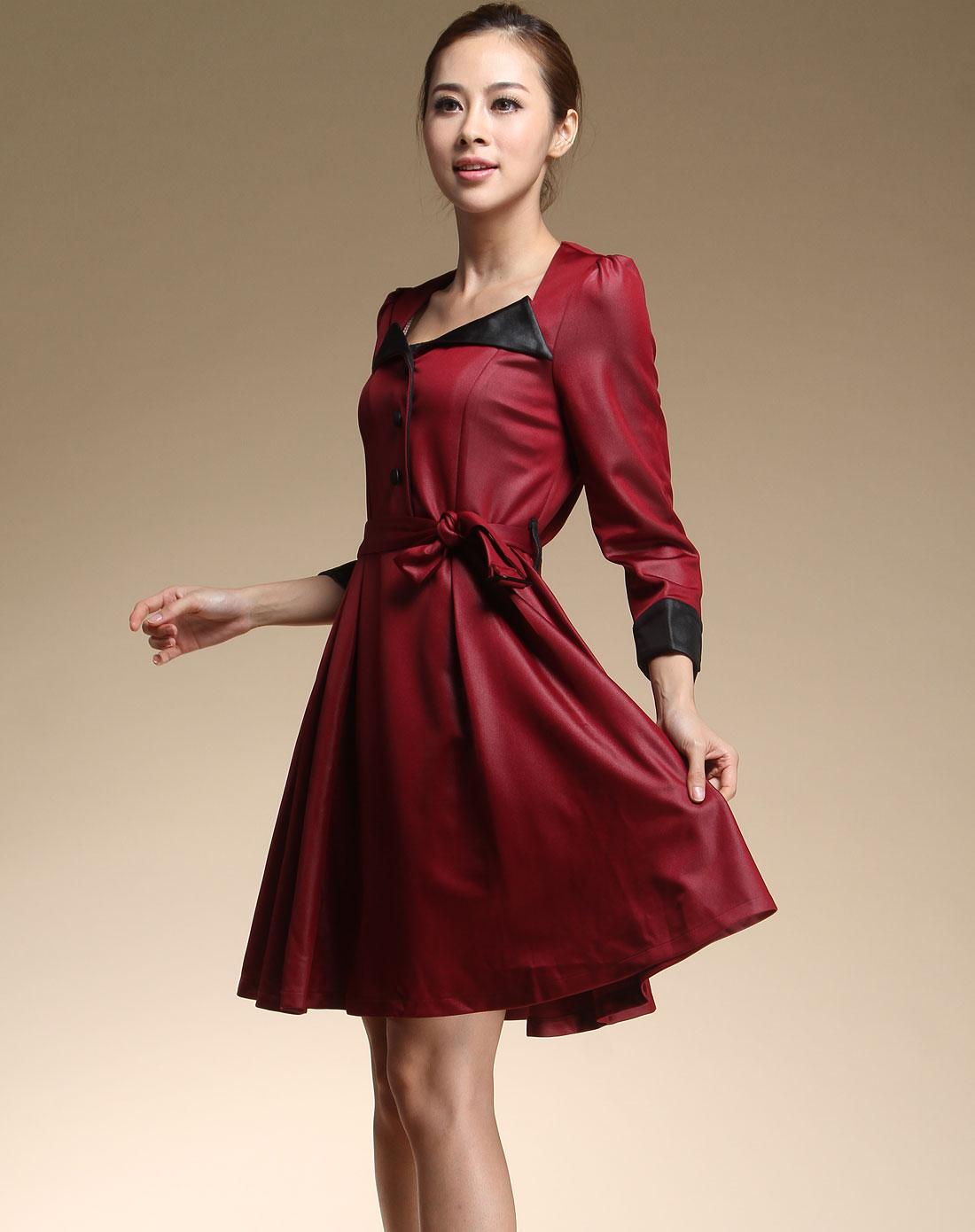 酒红色时尚七分袖休闲连衣裙