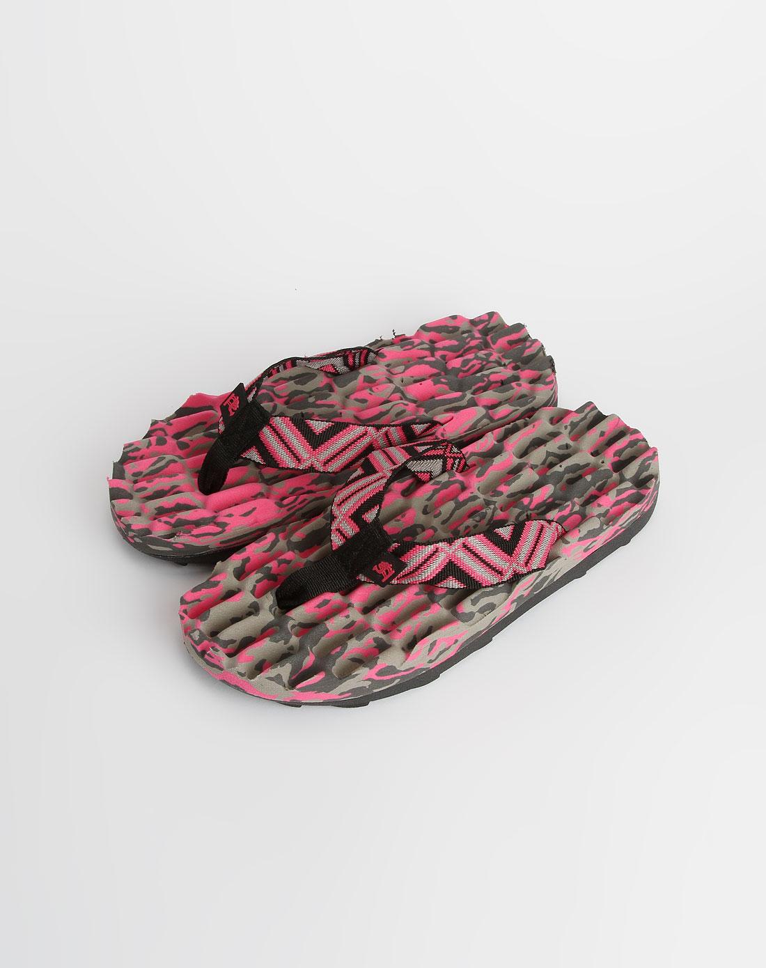 玫红色时尚拖鞋_美国骆驼cantorp特价2.6-4.5折