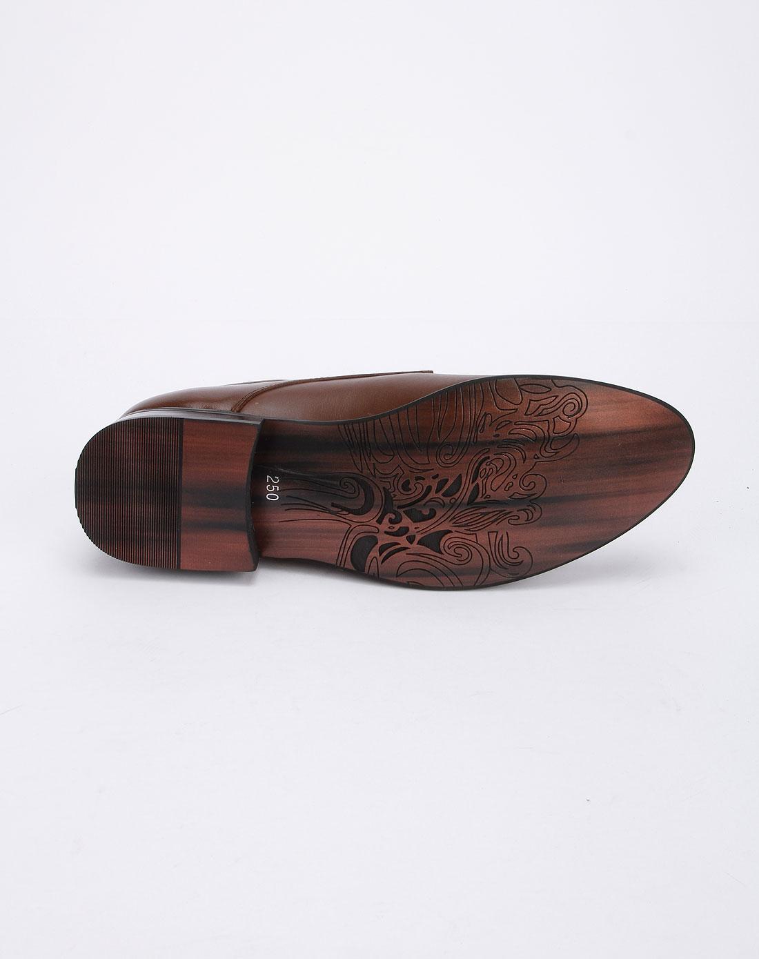 休闲皮鞋a361-棕色