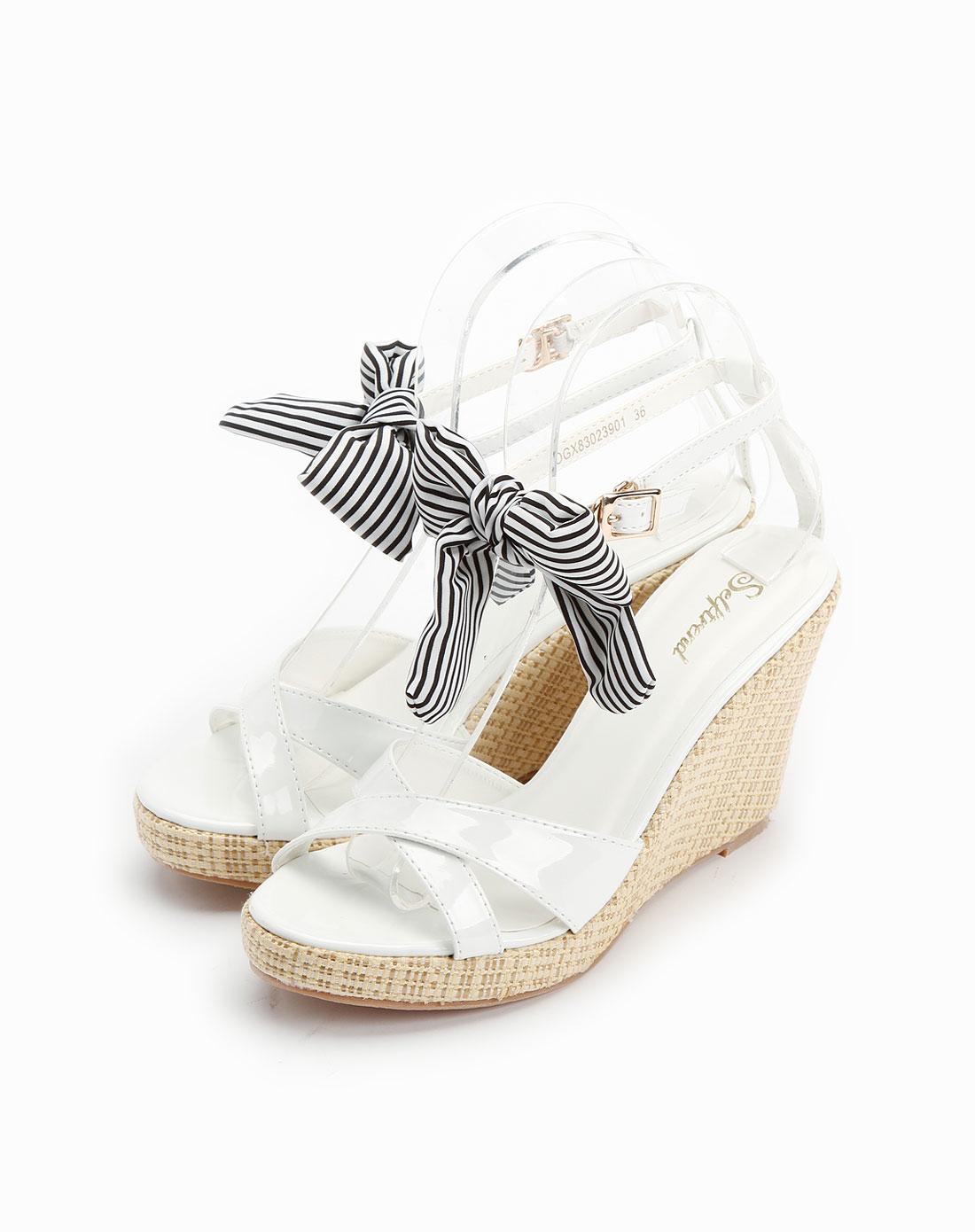 白色蝴蝶结时尚高跟凉鞋