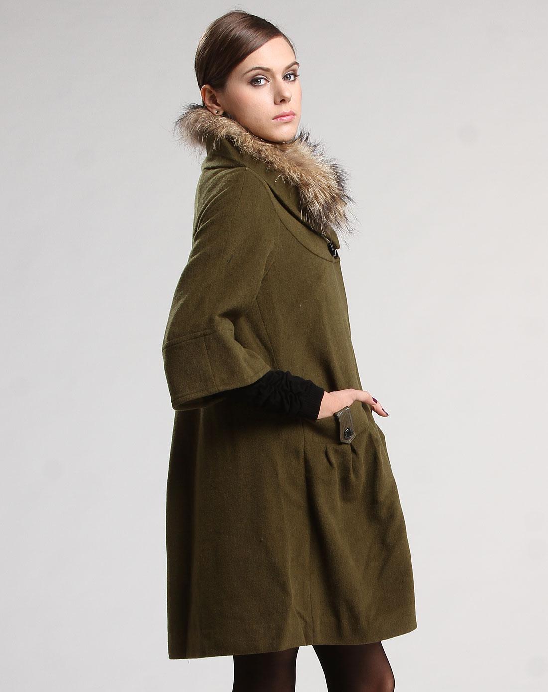 深草绿色毛领中袖毛呢大衣