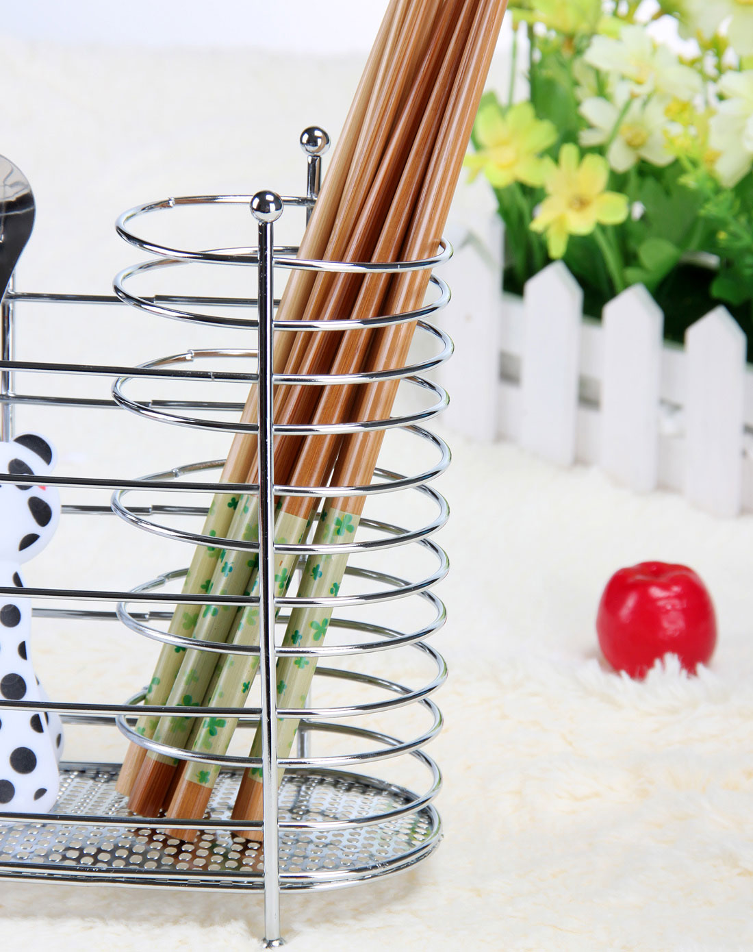首页> h&3家居用品专场 > 银色金属筷子筒