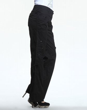 黑色微喇分割线长裤