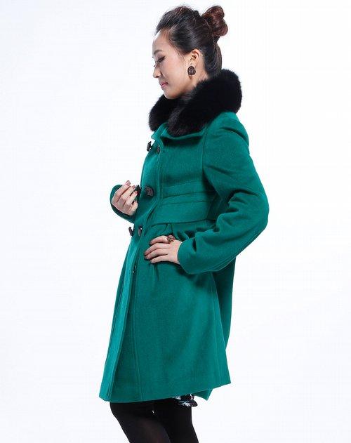 斯尔丽翠绿色假层纽扣长袖大衣