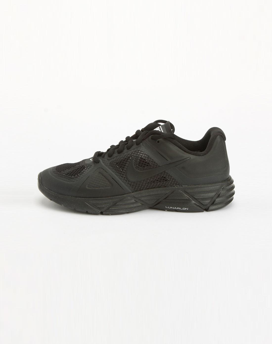 黑色网面绑带运动鞋_耐克nike-女鞋专场特价3.8折起
