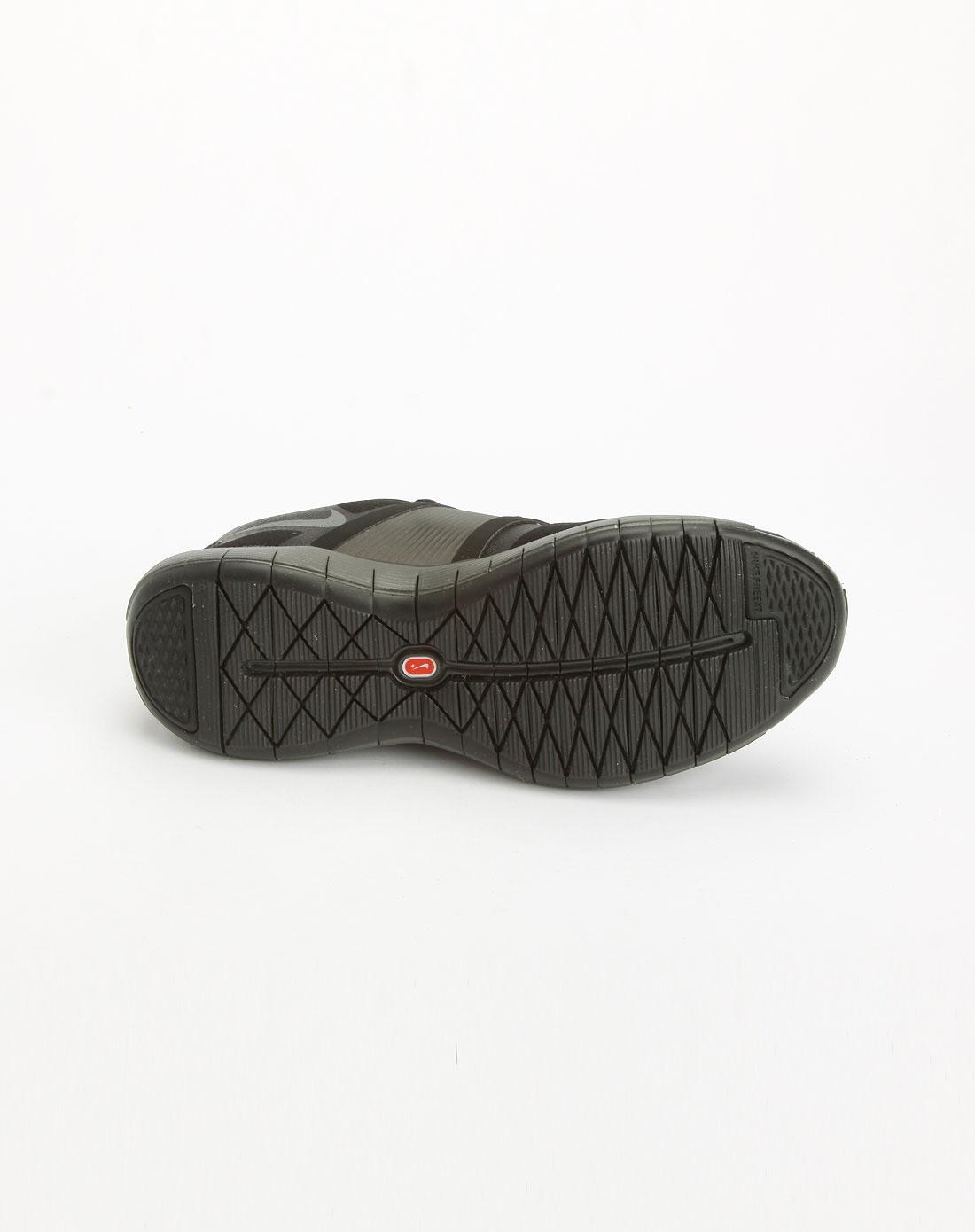 黑色绑带运动鞋_耐克nike-女鞋专场特价3.8折起