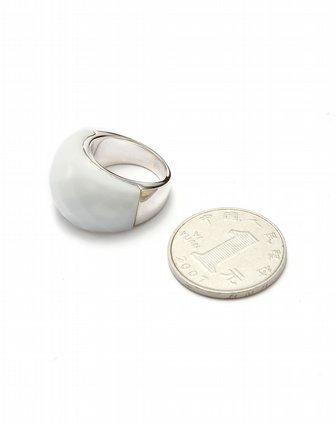 银白色几何切割面镶宝石戒指