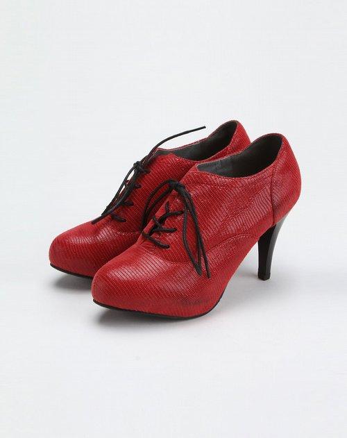 红色系带休闲高跟深口单鞋 竖