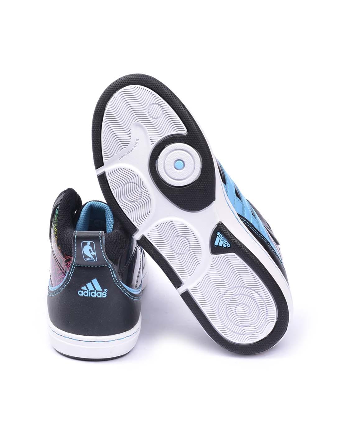 阿迪达斯adidas男女鞋女子黑色篮球鞋g22442