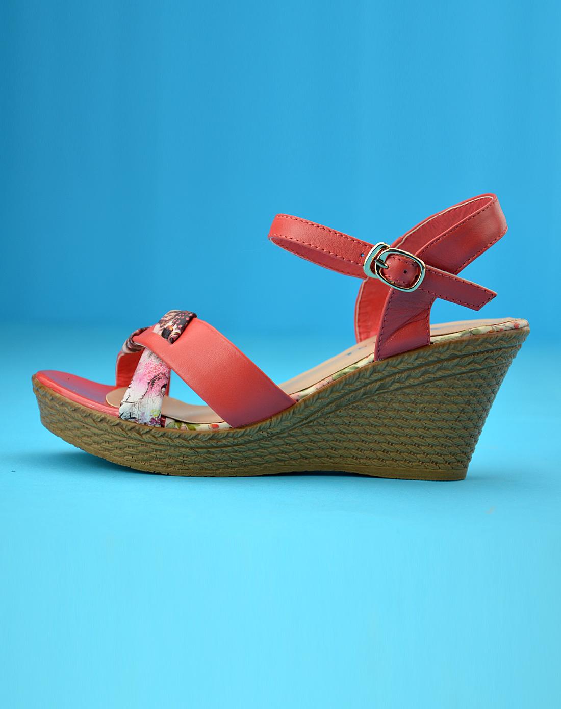 女款西瓜红女士凉鞋4b