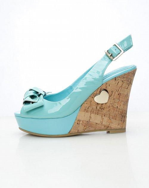 四季风女鞋专场蓝色时尚休闲实心高坡跟高跟鞋