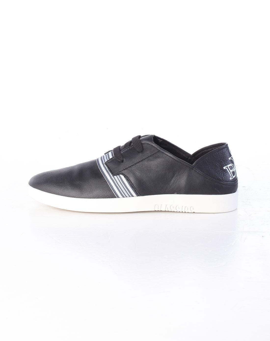 黑/白色裂纹休闲皮鞋_保罗·盖帝plo·cart